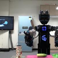 Salad Making Robots & High Tech Bakeries